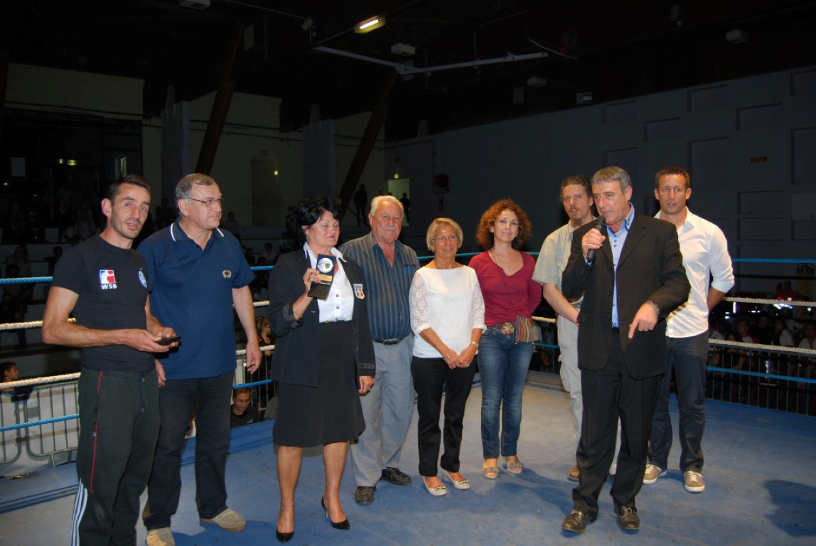 photo-boxe-sur-le-ring_3307-medium